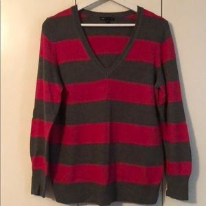 Grey/Pink Striped V-Neck GAP Sweater